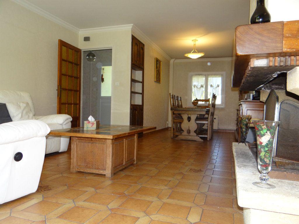 Maison à vendre 6 105.85m2 à Menucourt vignette-7