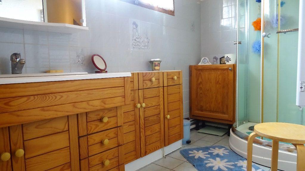 Maison à vendre 6 105.85m2 à Menucourt vignette-13