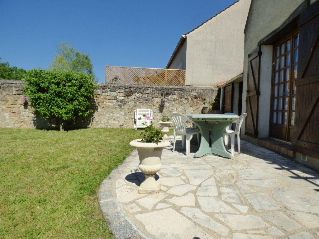 Maison à vendre 5 100m2 à Menucourt vignette-2