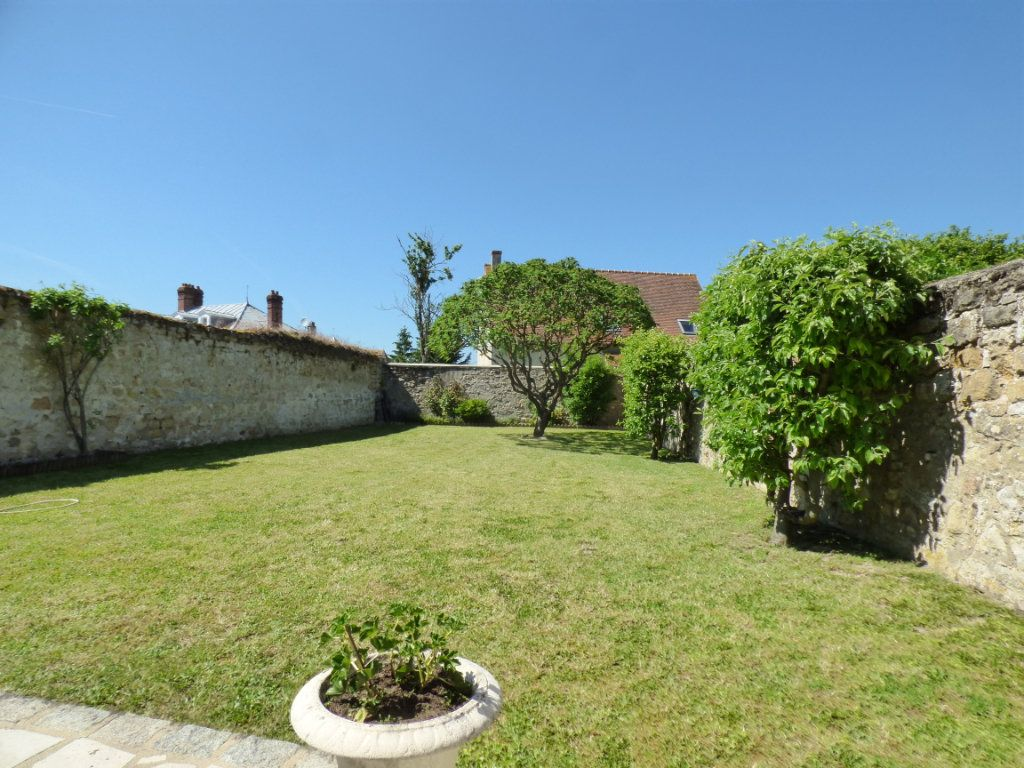 Maison à vendre 5 100m2 à Menucourt vignette-4