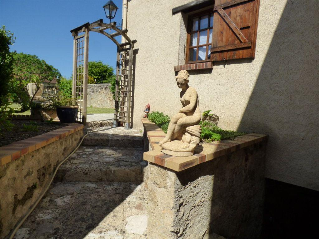 Maison à vendre 5 100m2 à Menucourt vignette-5