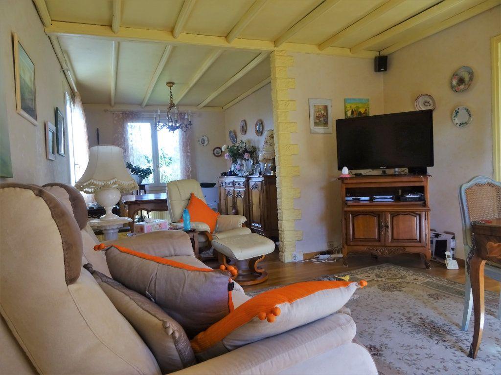 Maison à vendre 7 172m2 à Menucourt vignette-4
