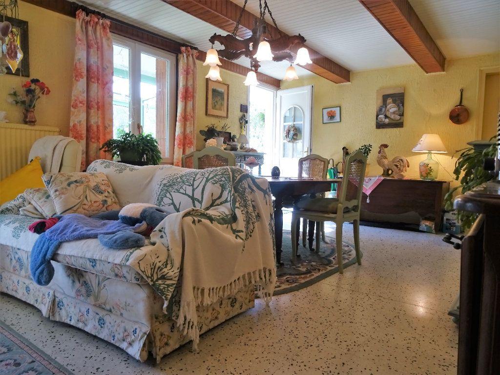 Maison à vendre 7 172m2 à Menucourt vignette-5