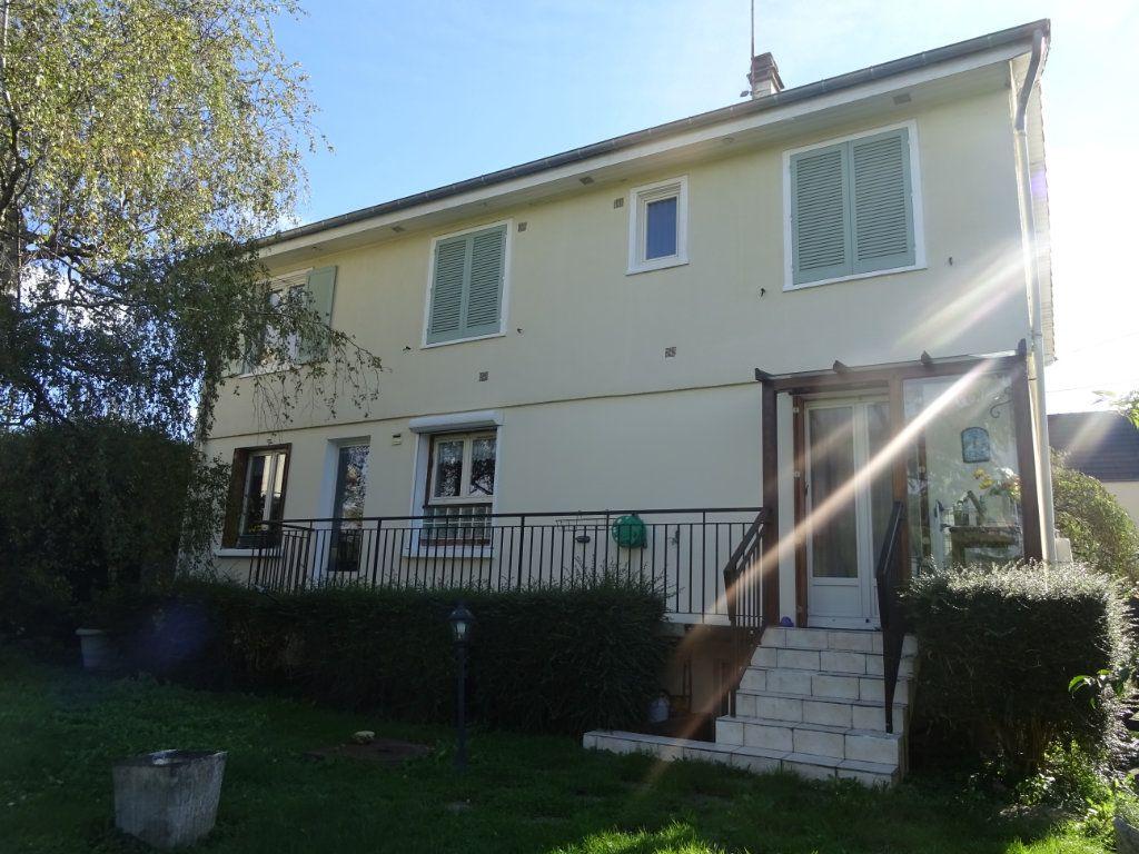 Maison à vendre 7 172m2 à Menucourt vignette-7