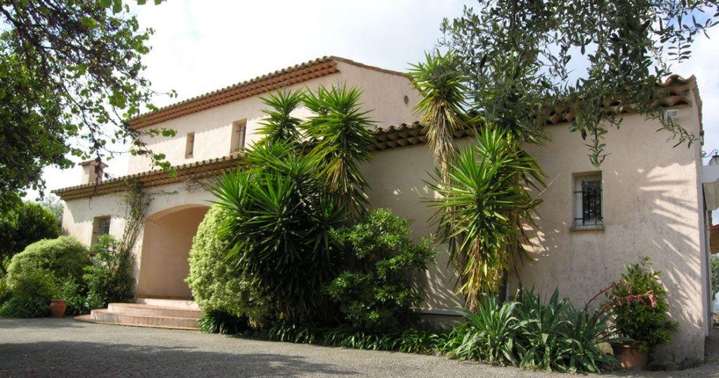 Maison à vendre 5 175m2 à Biot vignette-1