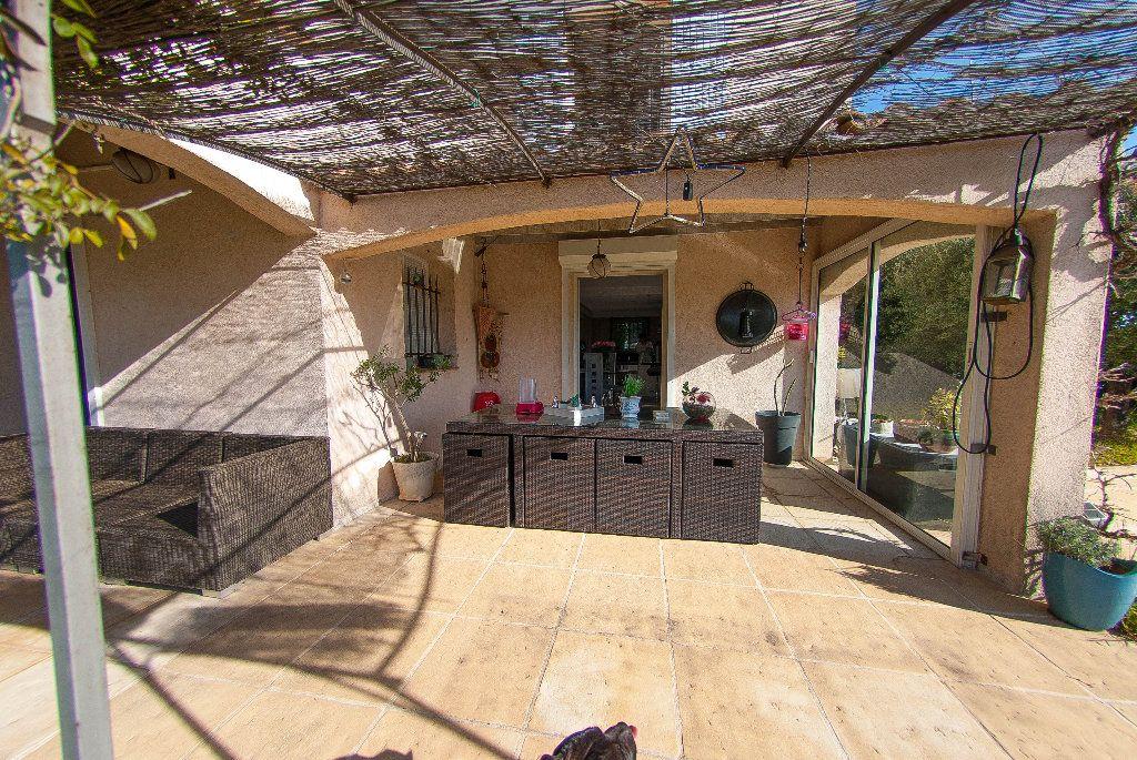 Maison à vendre 5 175m2 à Biot vignette-11