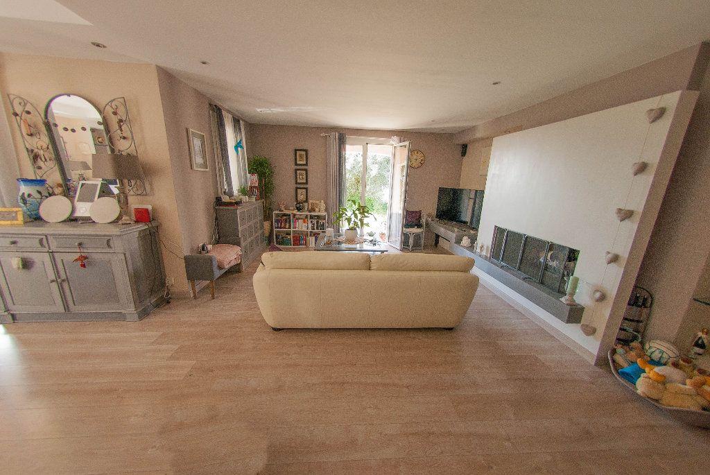 Maison à vendre 5 175m2 à Biot vignette-12