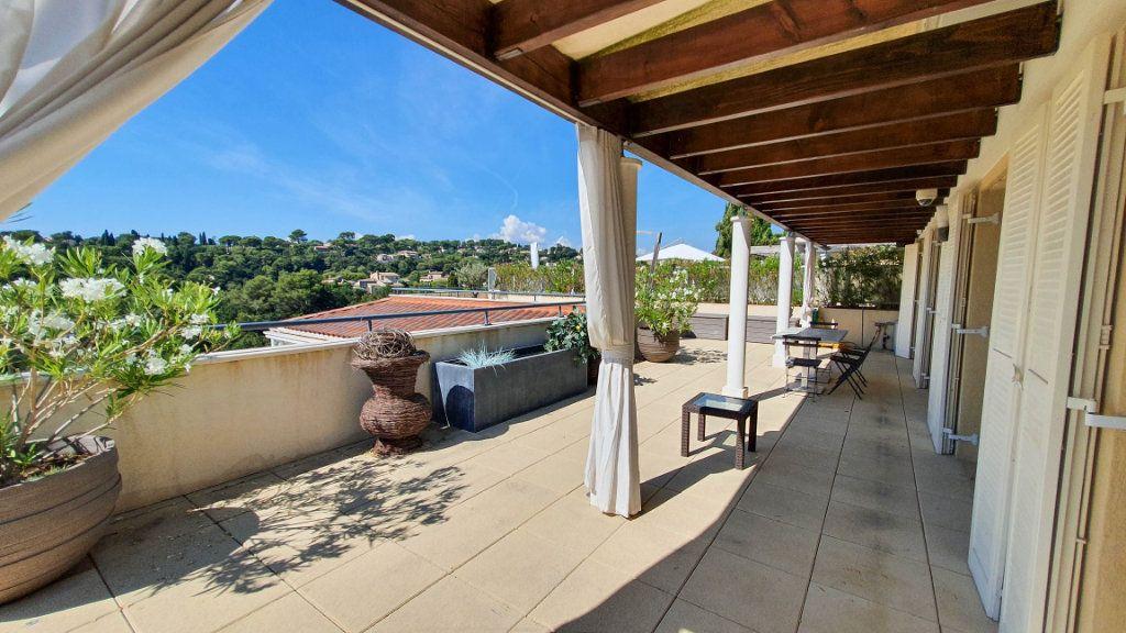 Appartement à vendre 4 92m2 à Biot vignette-3