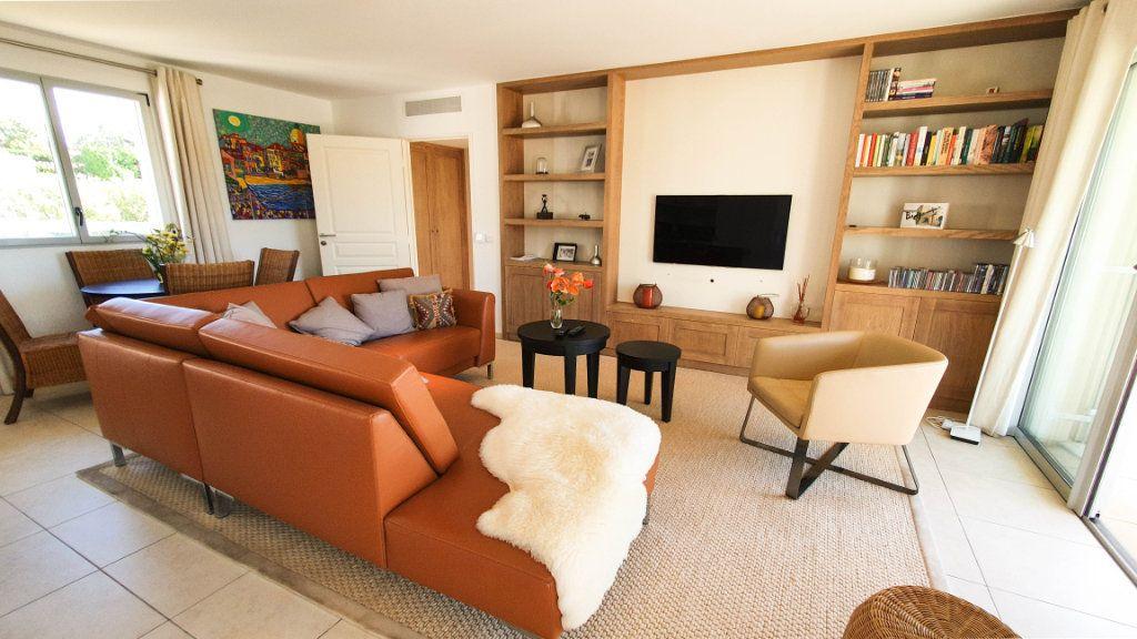 Appartement à vendre 4 92m2 à Biot vignette-4