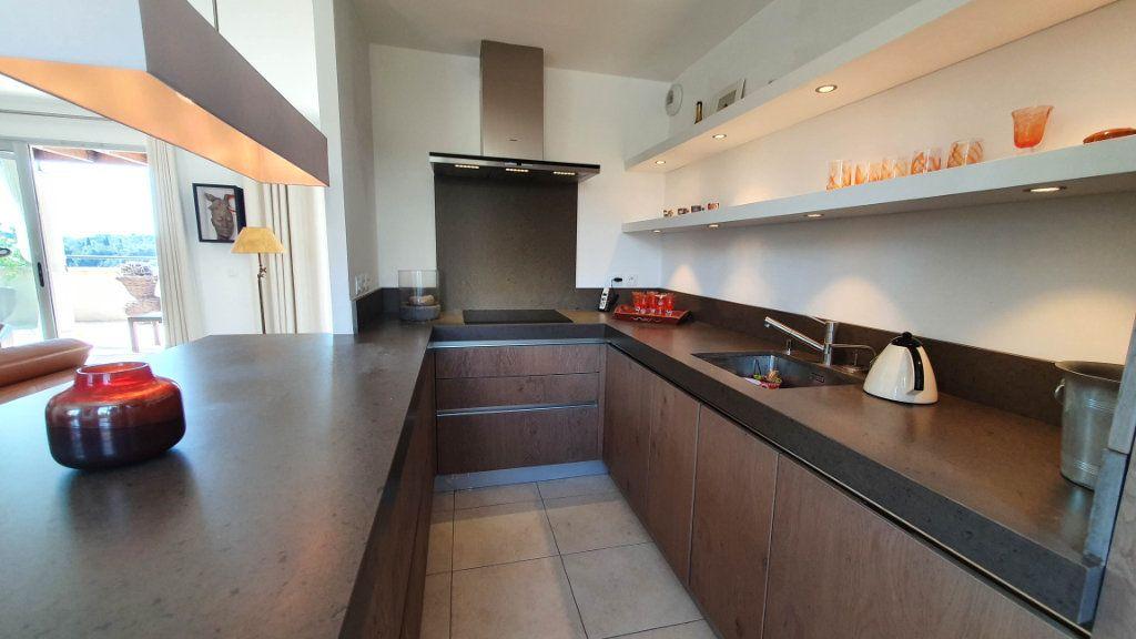 Appartement à vendre 4 92m2 à Biot vignette-6
