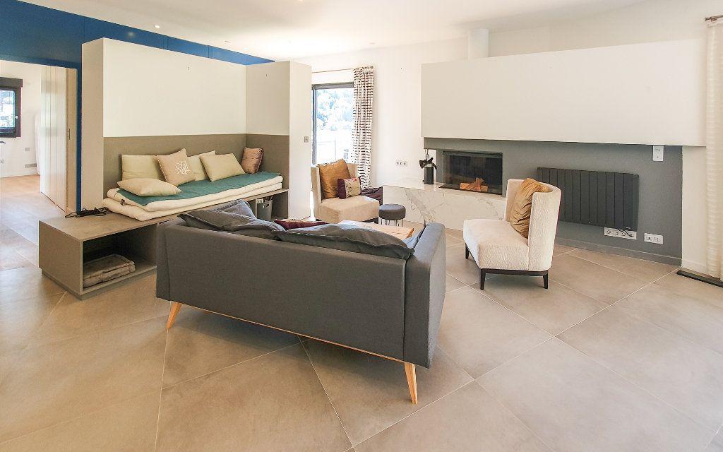 Maison à vendre 6 208m2 à Biot vignette-2