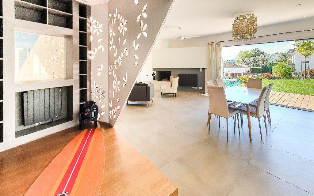 Maison à vendre 6 208m2 à Biot vignette-3