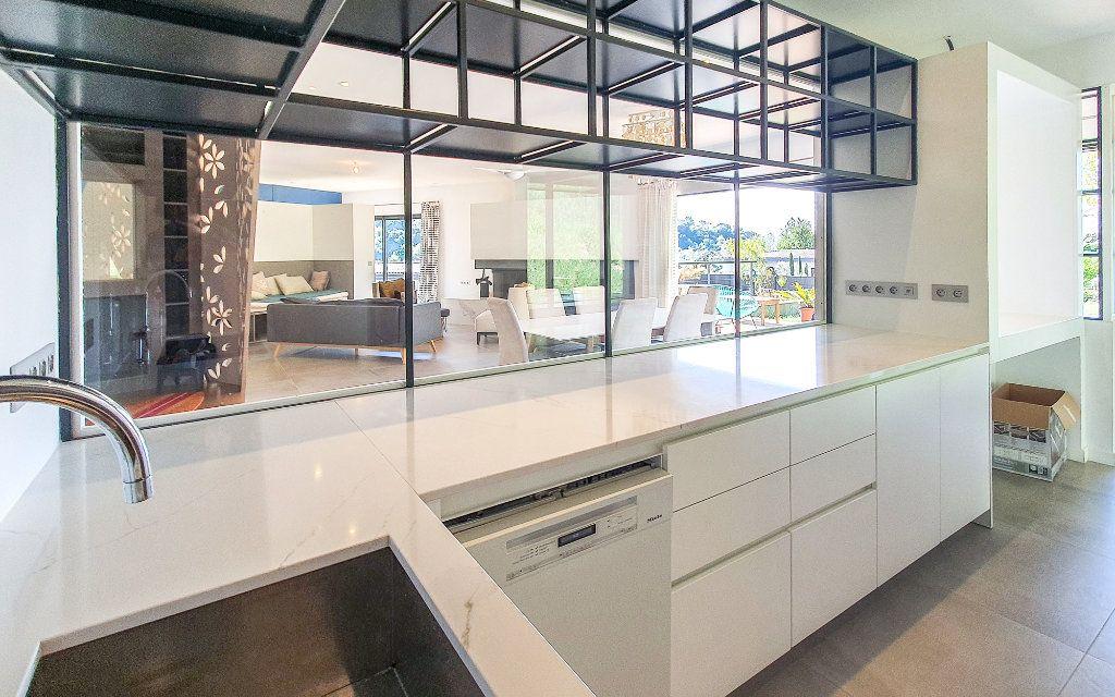 Maison à vendre 6 208m2 à Biot vignette-9