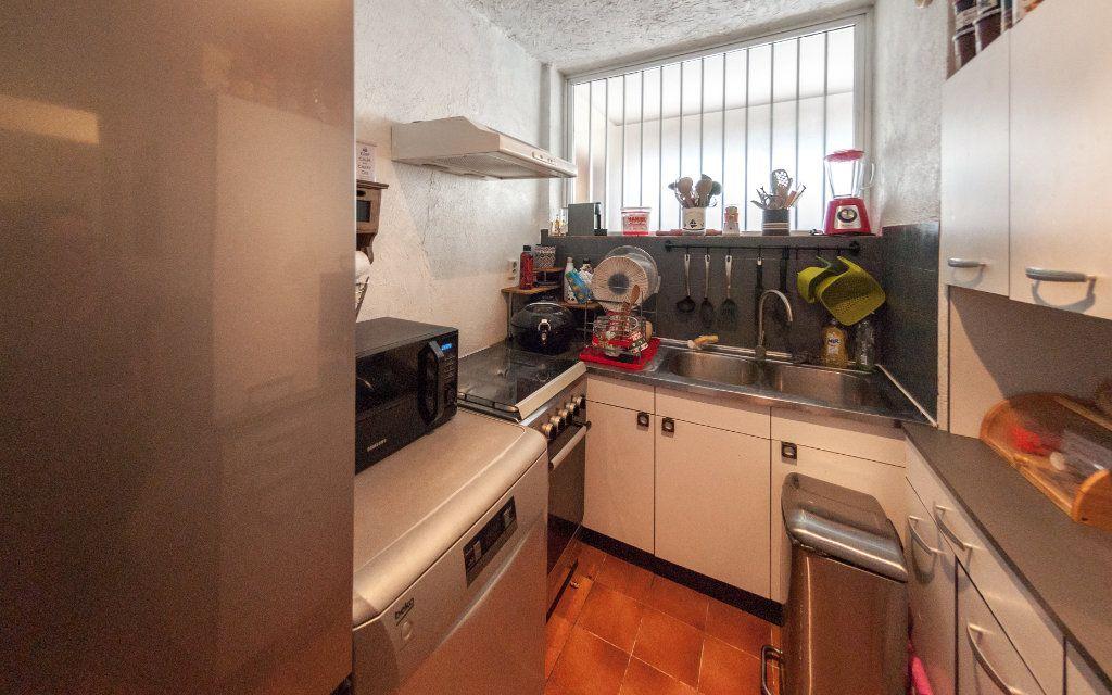 Appartement à vendre 2 45m2 à Antibes vignette-3