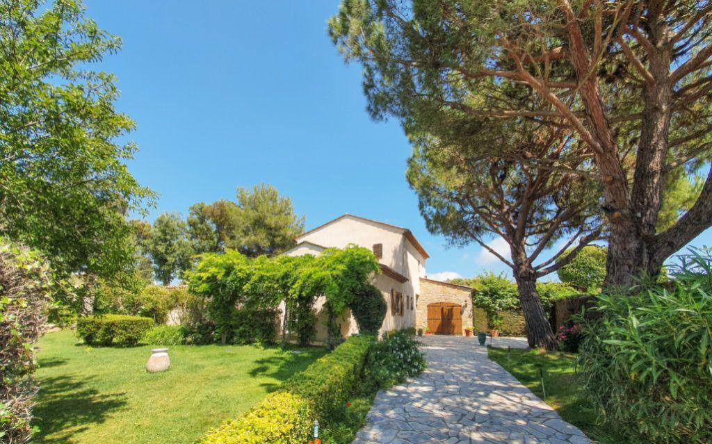Maison à vendre 8 200m2 à Biot vignette-1