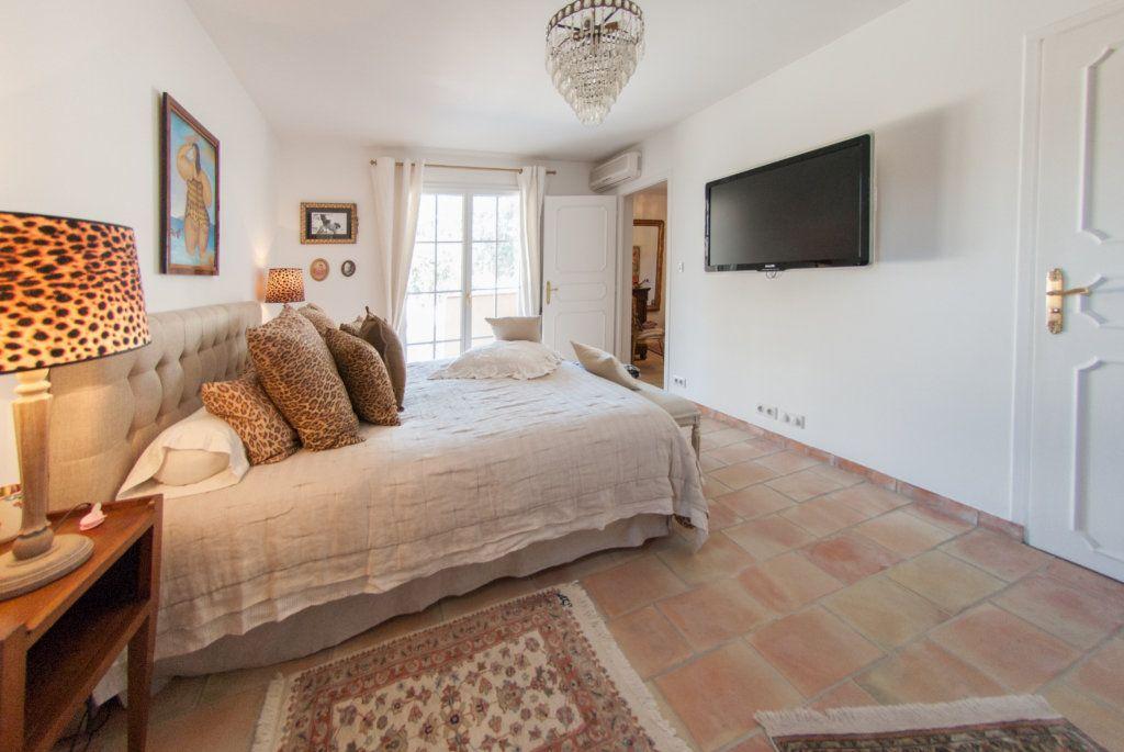 Maison à vendre 8 200m2 à Biot vignette-9