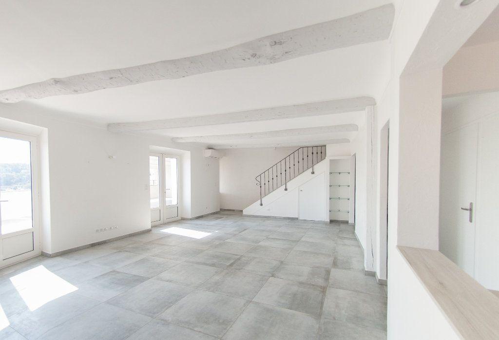Appartement à louer 4 120.61m2 à Biot vignette-4