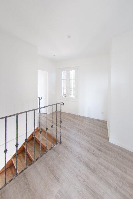 Appartement à louer 4 120.61m2 à Biot vignette-10