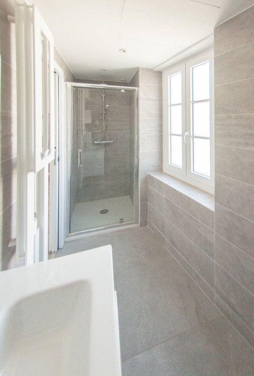 Appartement à louer 4 120.61m2 à Biot vignette-17