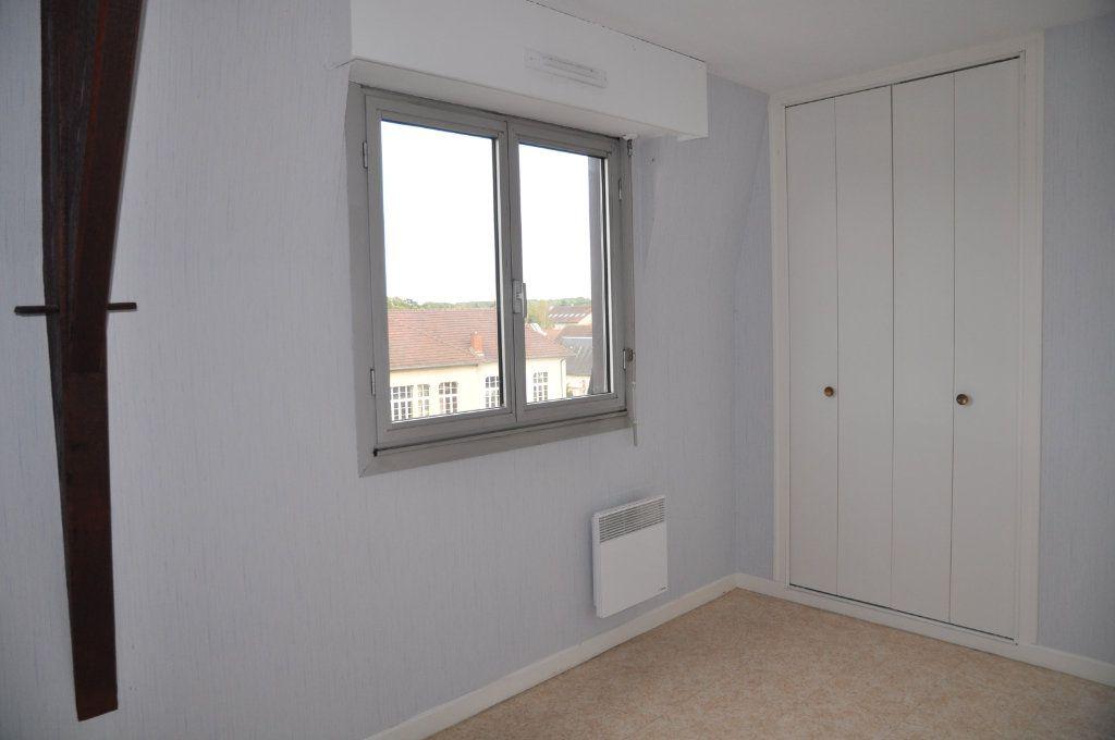 Appartement à louer 3 64m2 à Cosne-Cours-sur-Loire vignette-5
