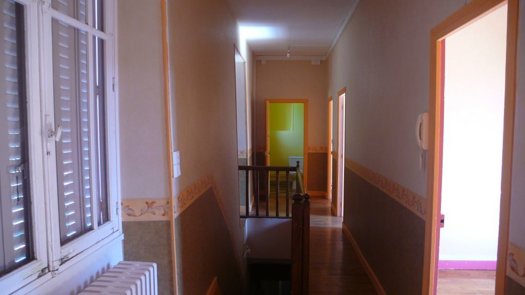 Appartement à louer 3 76m2 à Donzy vignette-2