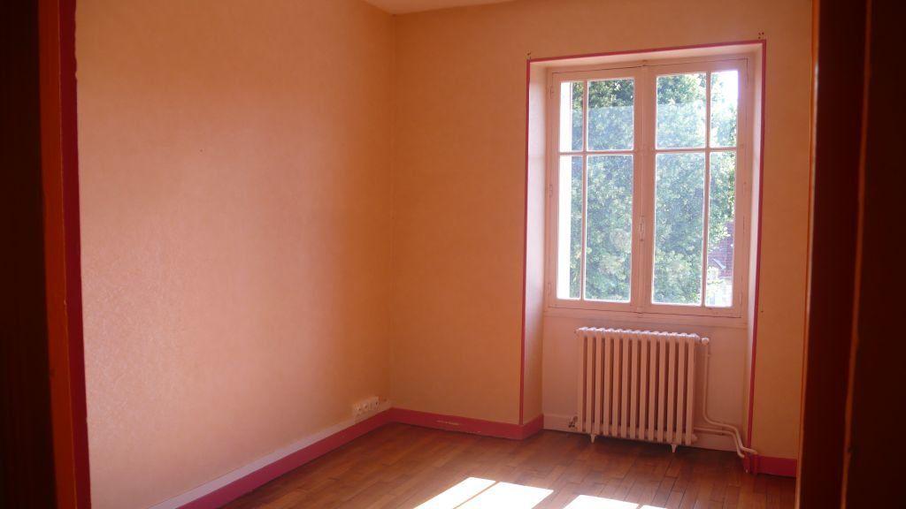 Appartement à louer 3 76m2 à Donzy vignette-5