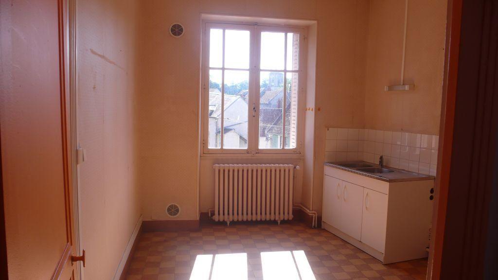 Appartement à louer 3 76m2 à Donzy vignette-6