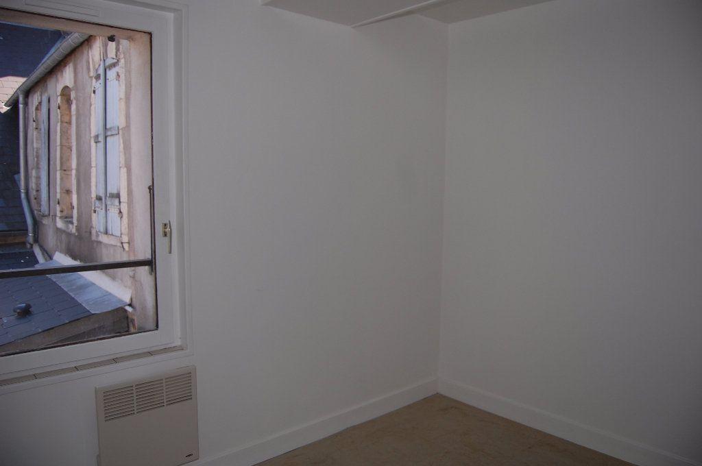 Appartement à louer 2 30m2 à Sancerre vignette-7