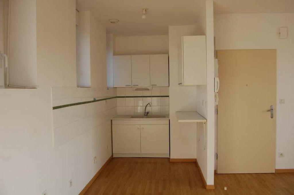 Appartement à louer 3 49m2 à Sancerre vignette-3