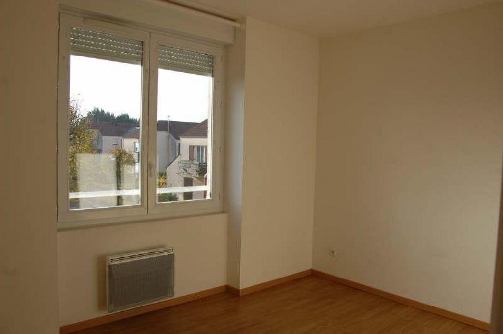 Appartement à louer 3 49m2 à Sancerre vignette-7