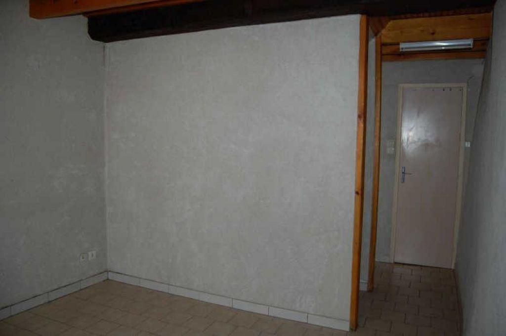 Appartement à louer 1 18m2 à Sancerre vignette-3