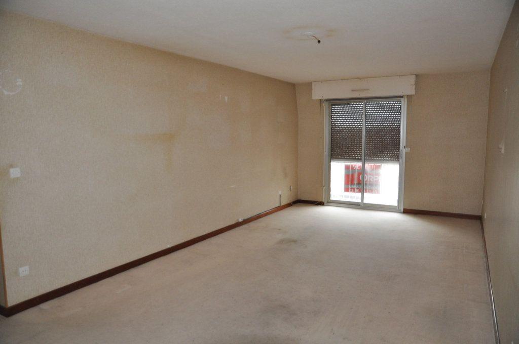 Appartement à vendre 3 74m2 à Cosne-Cours-sur-Loire vignette-3