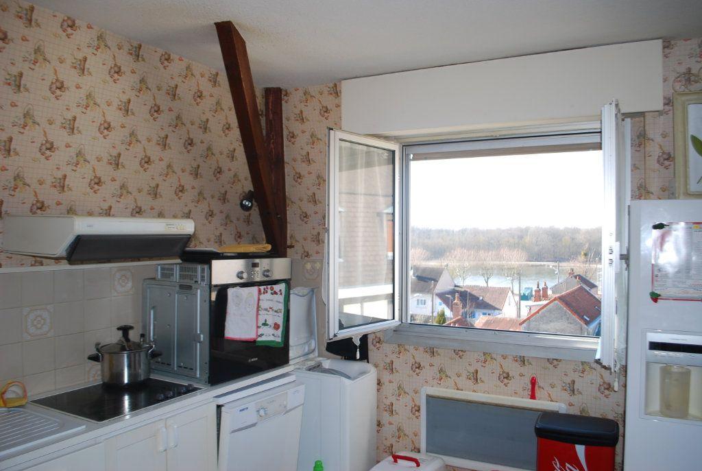 Appartement à vendre 3 74m2 à Cosne-Cours-sur-Loire vignette-9