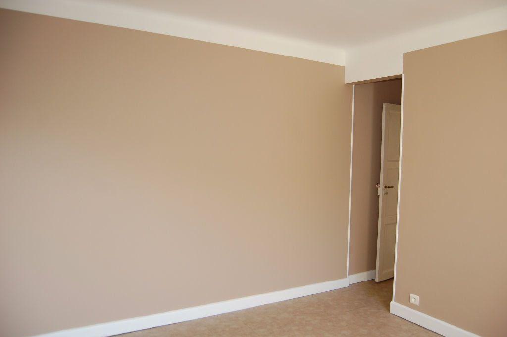 Appartement à louer 3 59.84m2 à Saint-Satur vignette-15