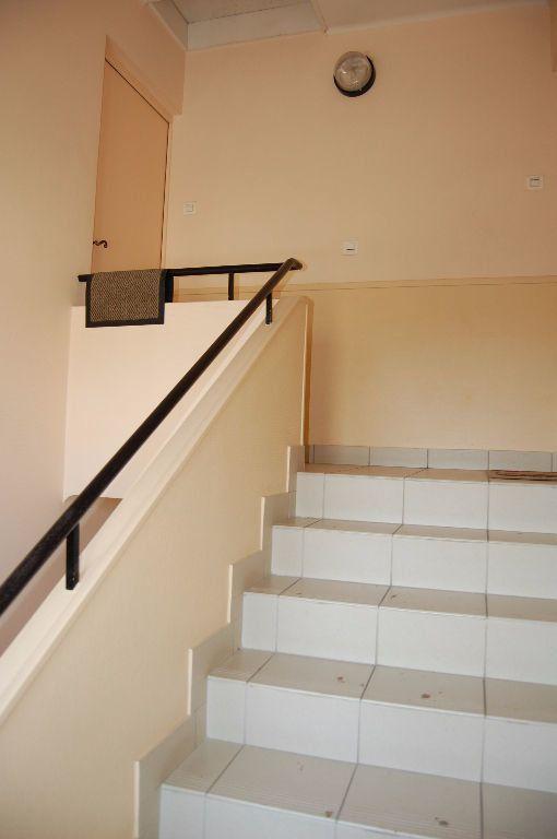 Appartement à louer 3 59.84m2 à Saint-Satur vignette-16