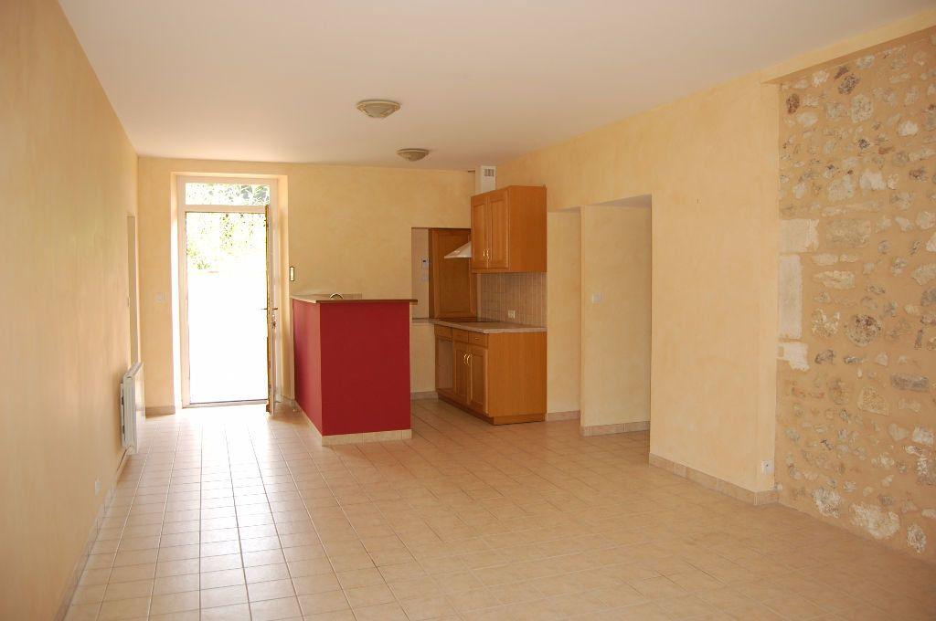 Maison à louer 4 85m2 à Saint-Satur vignette-2