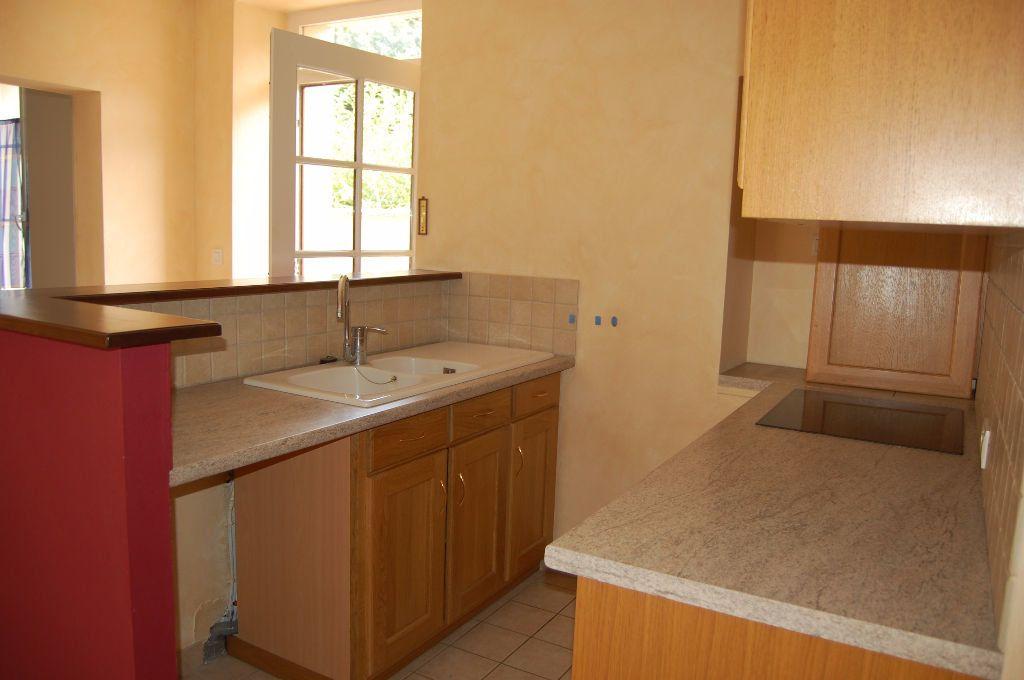 Maison à louer 4 85m2 à Saint-Satur vignette-3