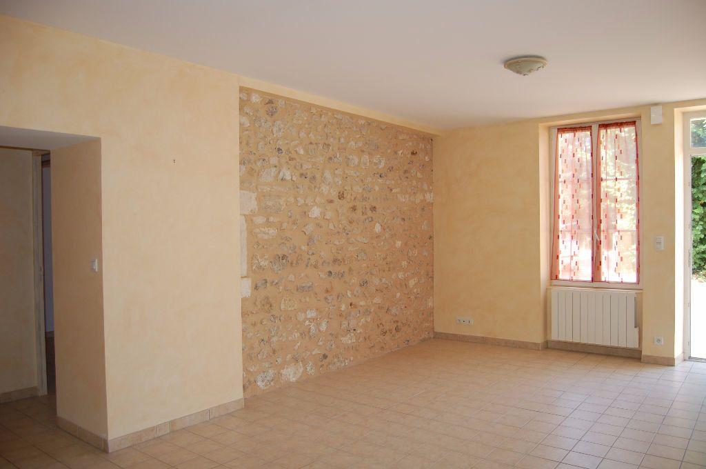 Maison à louer 4 85m2 à Saint-Satur vignette-5