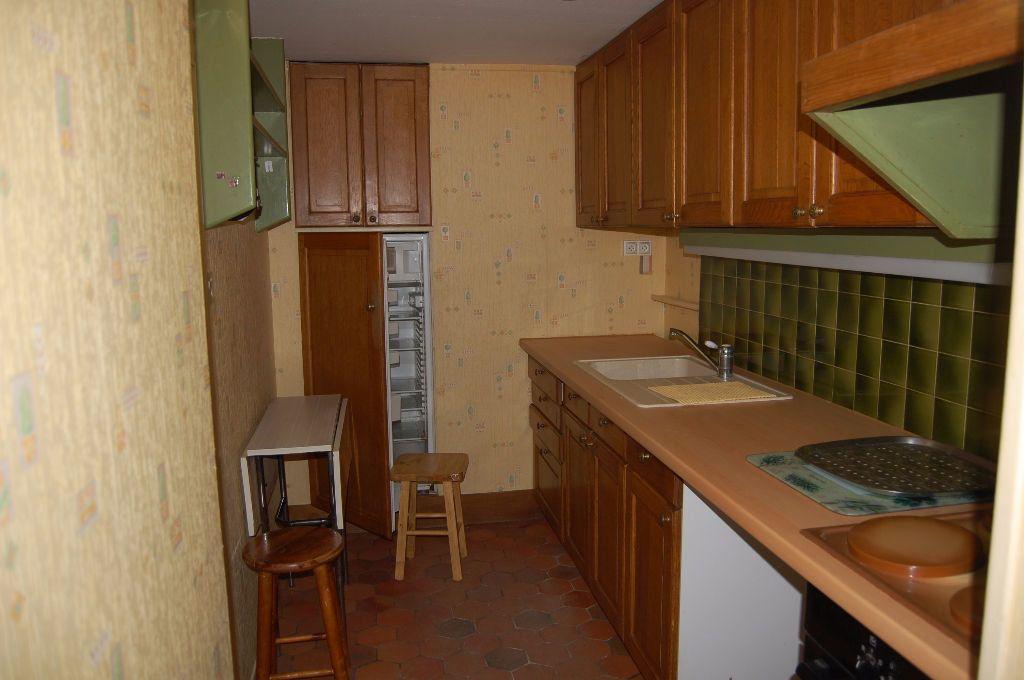 Maison à louer 3 82m2 à Sancerre vignette-3