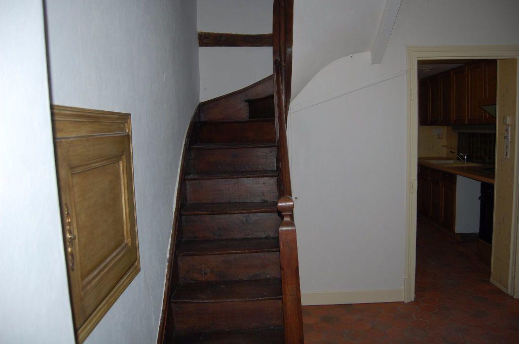 Maison à louer 3 82m2 à Sancerre vignette-5