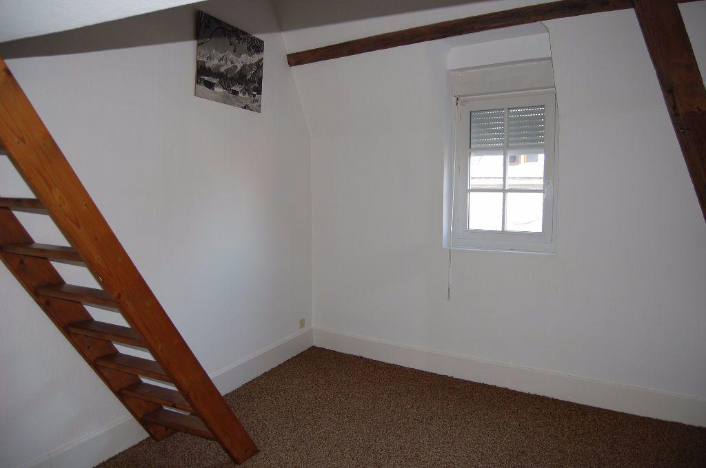 Maison à louer 3 82m2 à Sancerre vignette-12