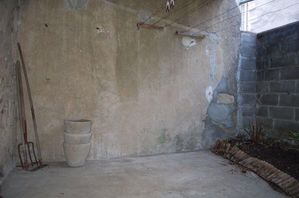 Maison à louer 3 82m2 à Sancerre vignette-17
