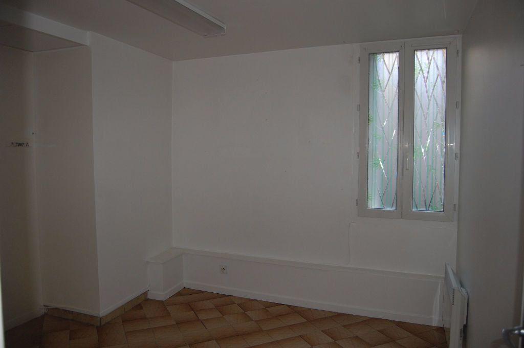 Appartement à louer 2 37m2 à Sancerre vignette-5