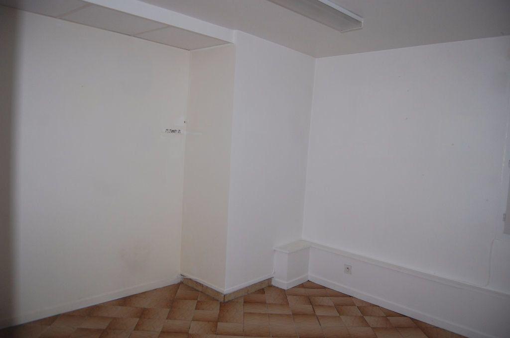 Appartement à louer 2 37m2 à Sancerre vignette-6