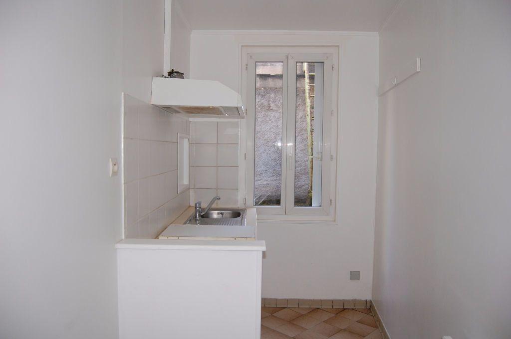 Appartement à louer 2 37m2 à Sancerre vignette-7