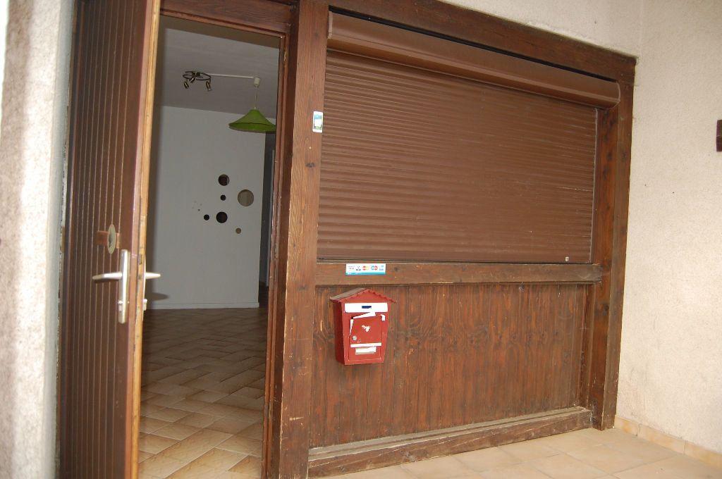 Appartement à louer 2 37m2 à Sancerre vignette-13