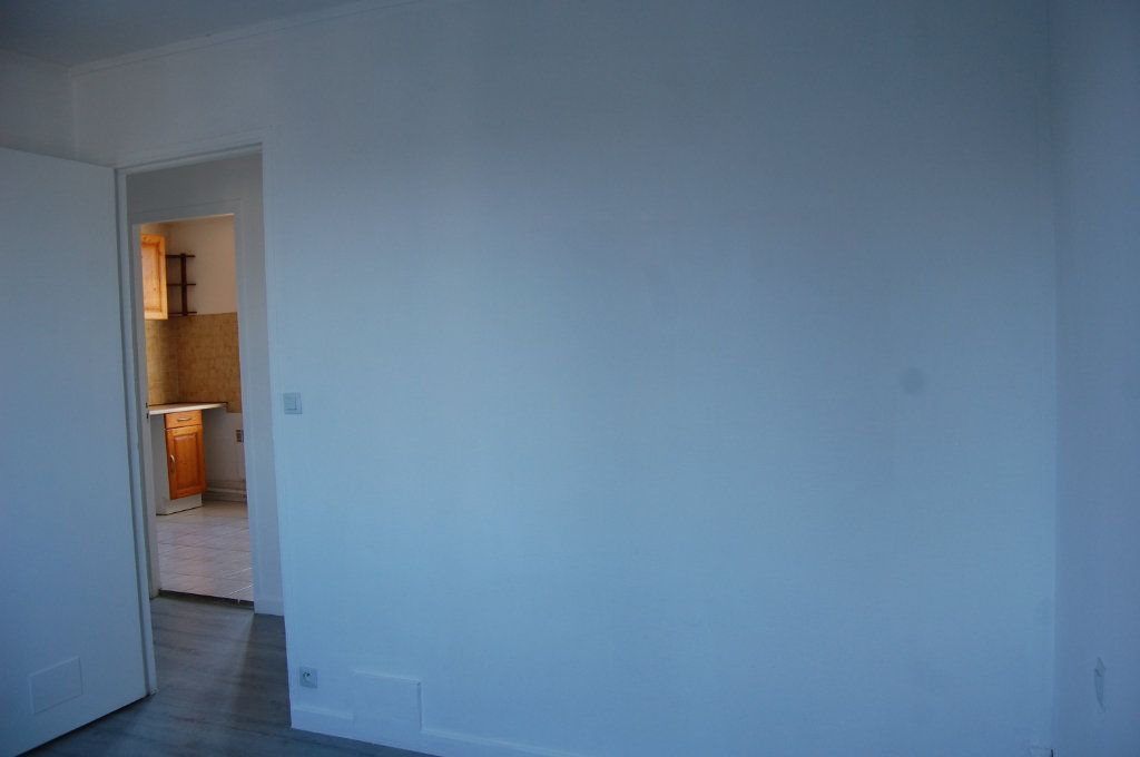 Appartement à louer 3 65m2 à Saint-Satur vignette-10