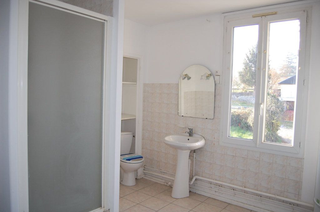 Appartement à louer 3 65m2 à Saint-Satur vignette-11