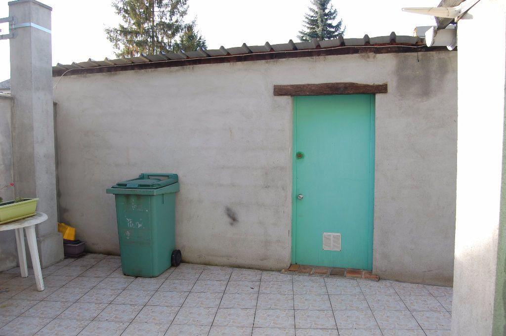 Appartement à louer 3 65m2 à Saint-Satur vignette-17