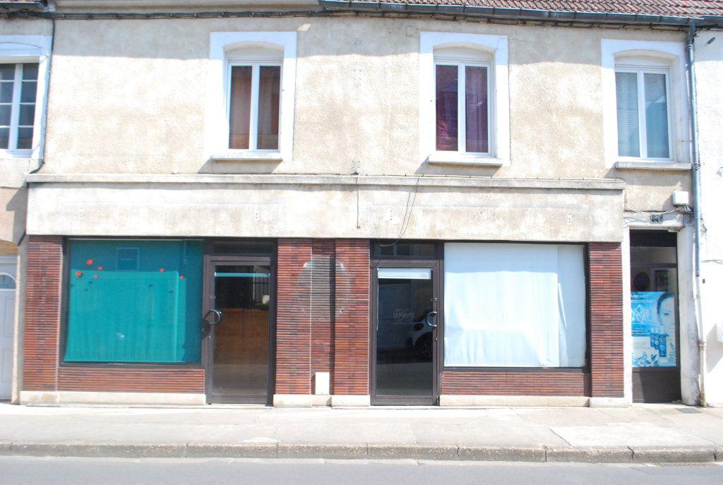 Immeuble à vendre 0 0m2 à Cosne-Cours-sur-Loire vignette-2
